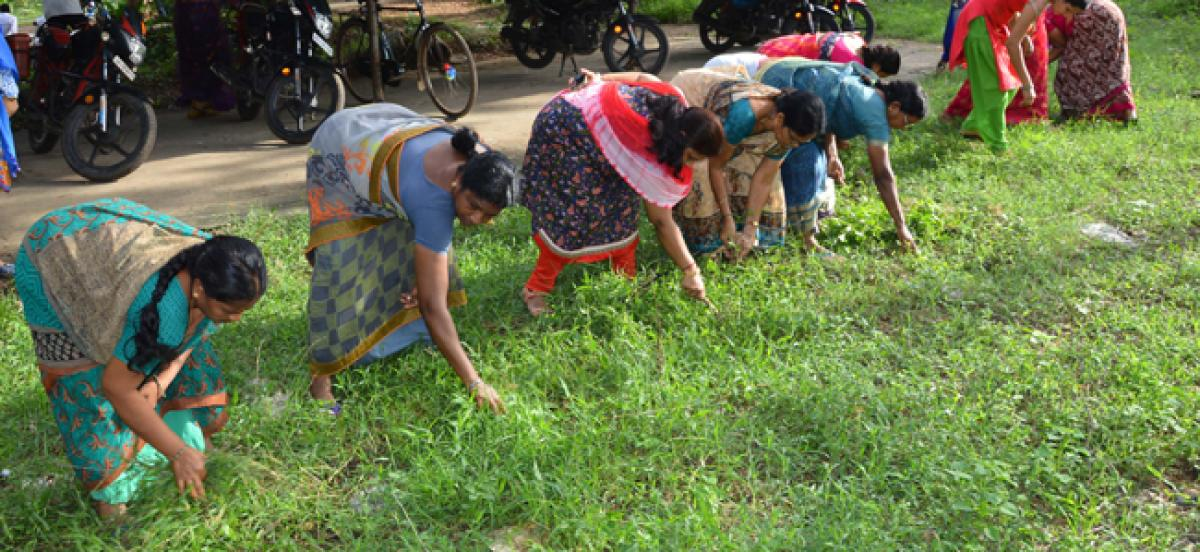 ITDA Bhadrachalam conducts clean and green programme