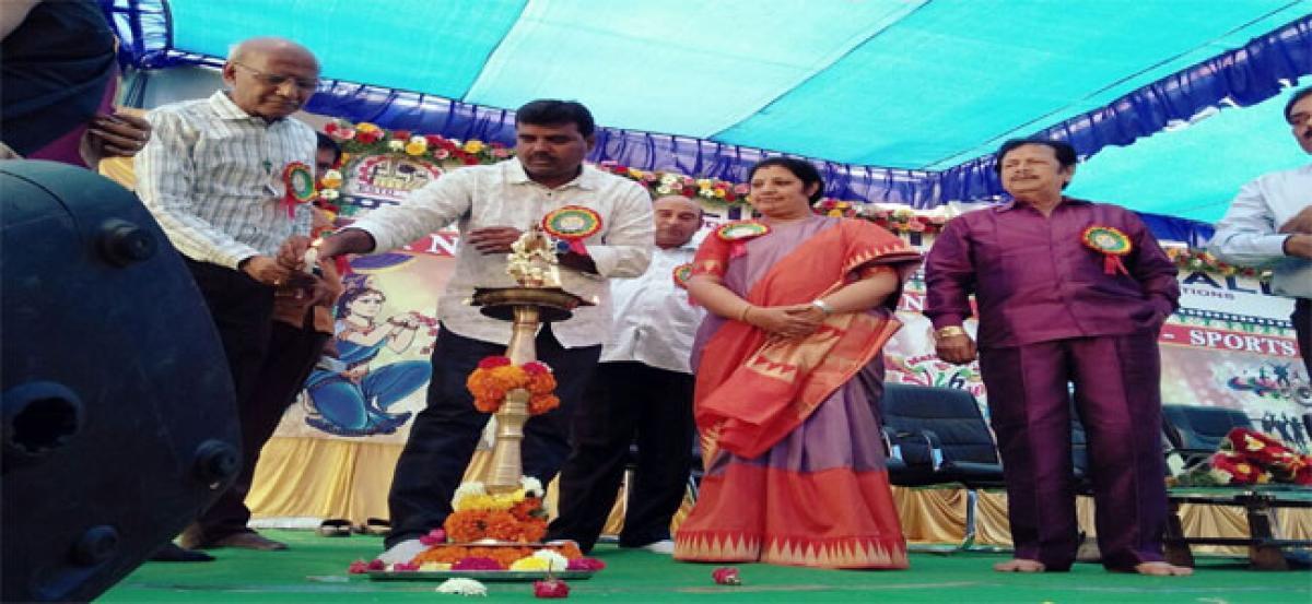 Education a weapon to change society, Purandeswari tells students