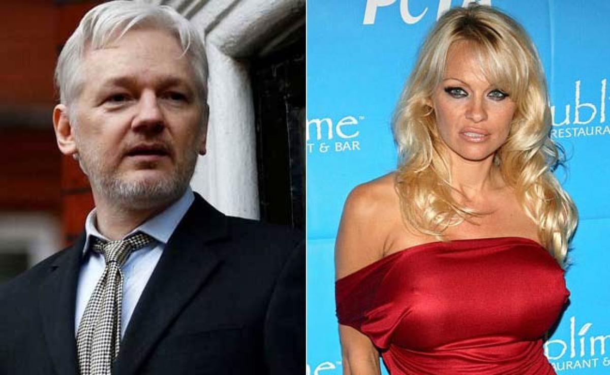 I Like Pamela Anderson.. She