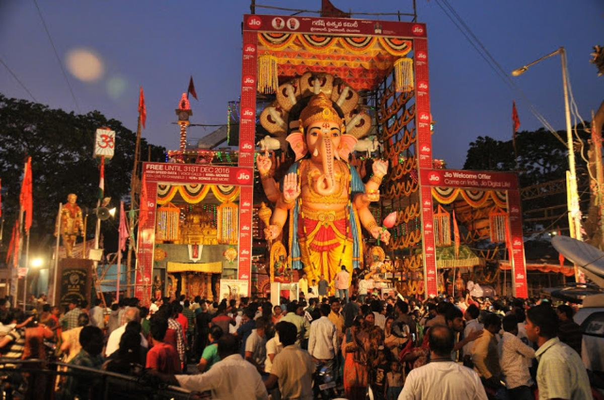 What makes Khairatabad Ganesh so special