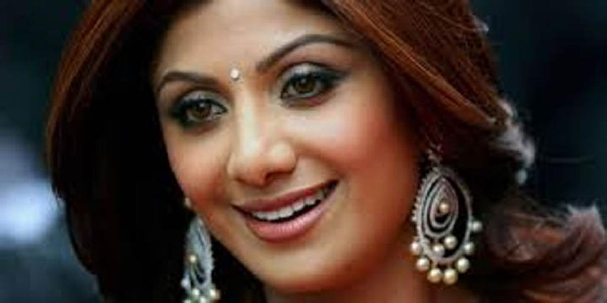 Shilpa Shetty Kundra enter new business with Viaan Mobiles