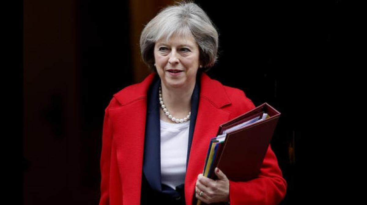UK PM Theresa May holds crisis talks in Scotland on brink of Brexit