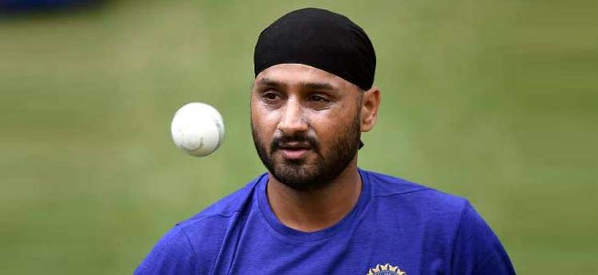 IND vs AUS: Australias old foe Harbhajan Singh has an ominous message for them