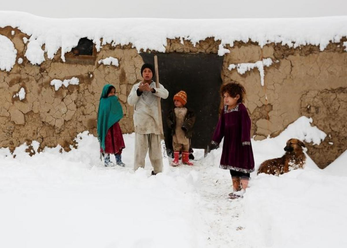 Dozens killed as heavy snow hits Afghanistan and Pakistan