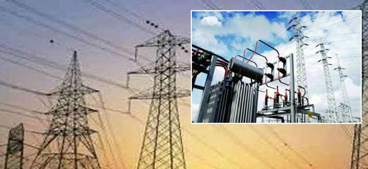 AP threatens to stop power supply to Telangana over pending dues