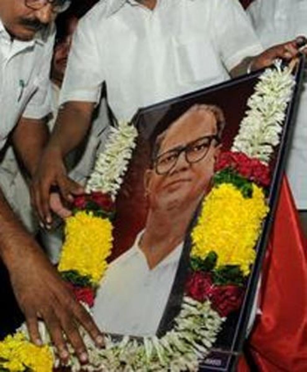 Tributes paid to Marxist leader Sundarayya