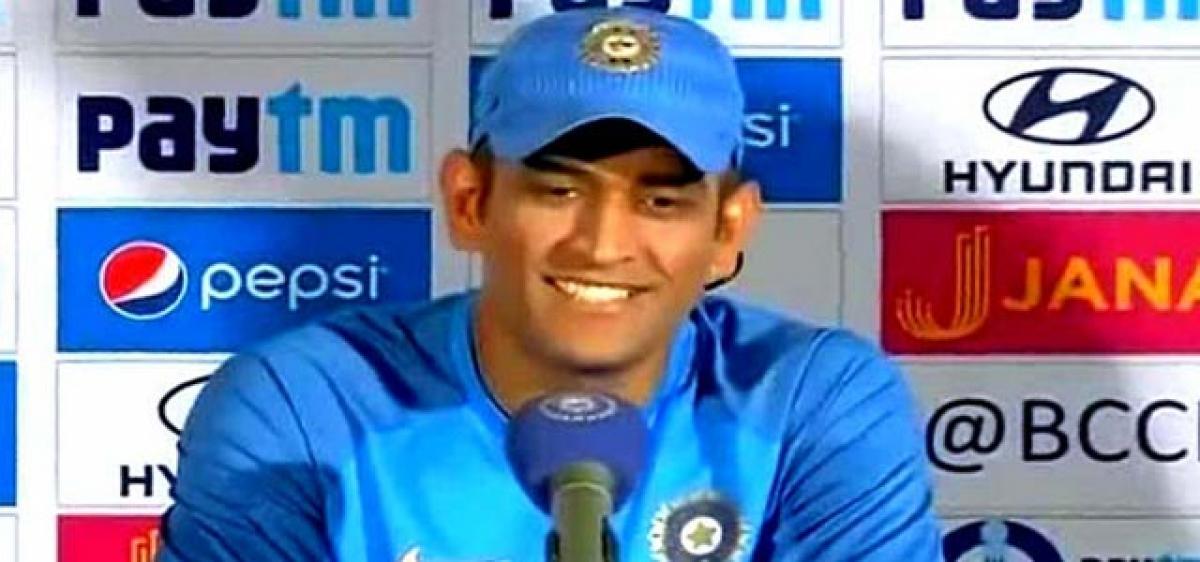 Can't have split captaincy: Dhoni