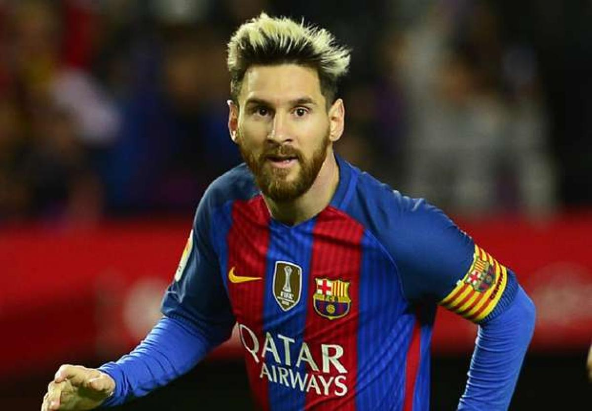 Messi maintains stoic silence over rumours on his Barcelona departure
