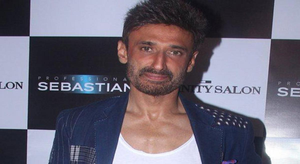 Rahul Dev supports women in combat roles