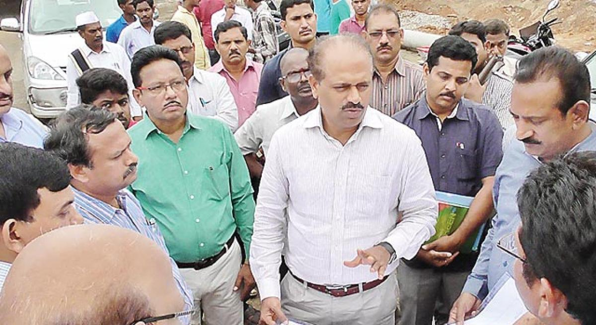 Slow pace of Suryaraopet Beach works irks Collector