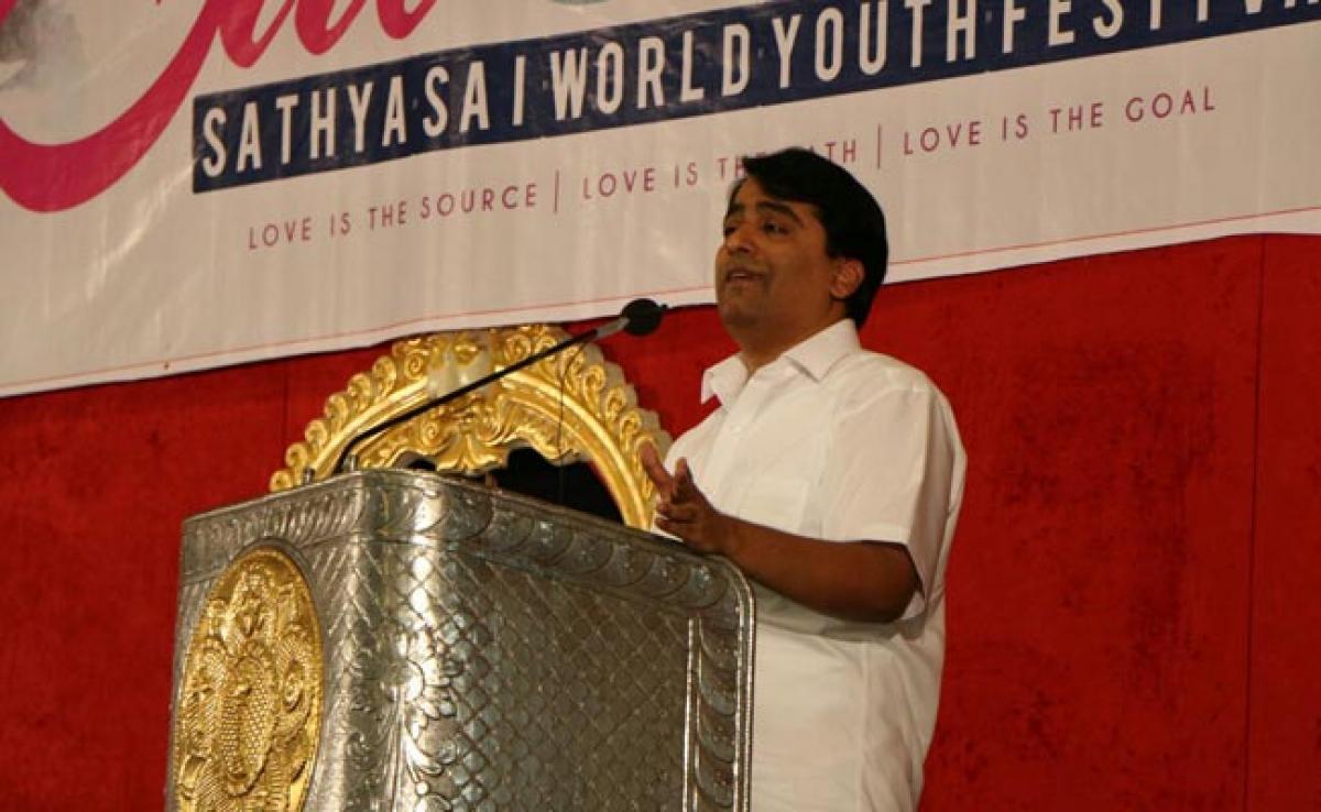 Photos: Sathya Sai World Youth Festival 2016 Day 3-Morning