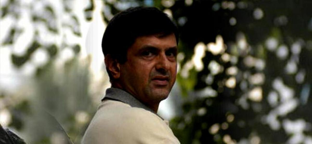 Sports federations lack professionalism: Prakash Padukone