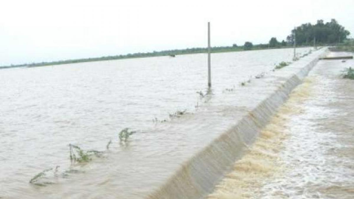Water level in Godavari rising