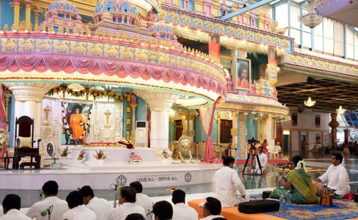 Photos: Tamil New Years day, Vishu Celebrations at Puttaparthi