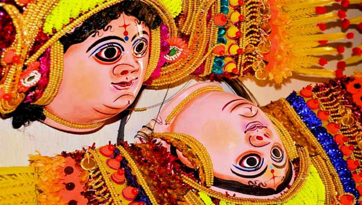 Chhau masks to awe visitors this Durga puja