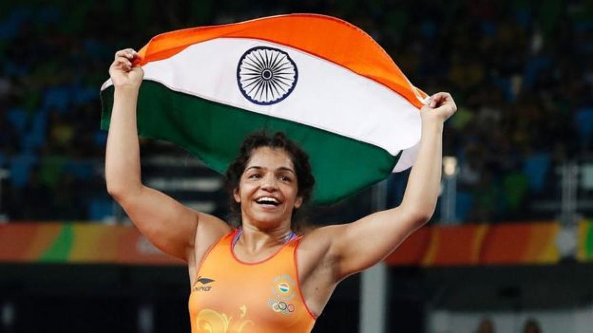 India celebrate Sakshi Maliks win at Rio Olympics