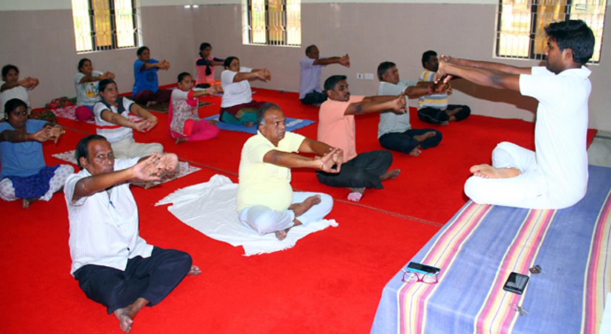Invigorating body and mind in an environment of spiritual bliss