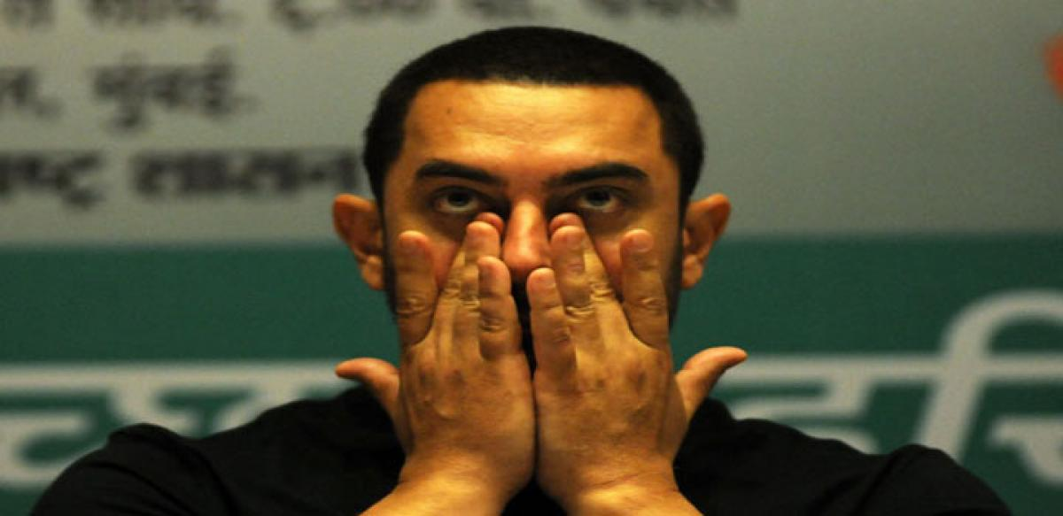 Aamir, wife slapped with sedition case