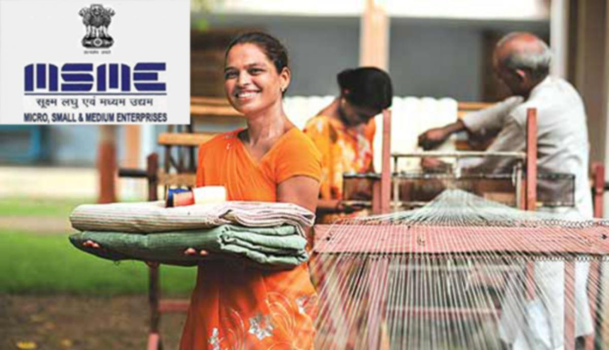 Khadi Production to Reach Rs. 1300 crore this Year, to Generate 19.5 lakh Jobs