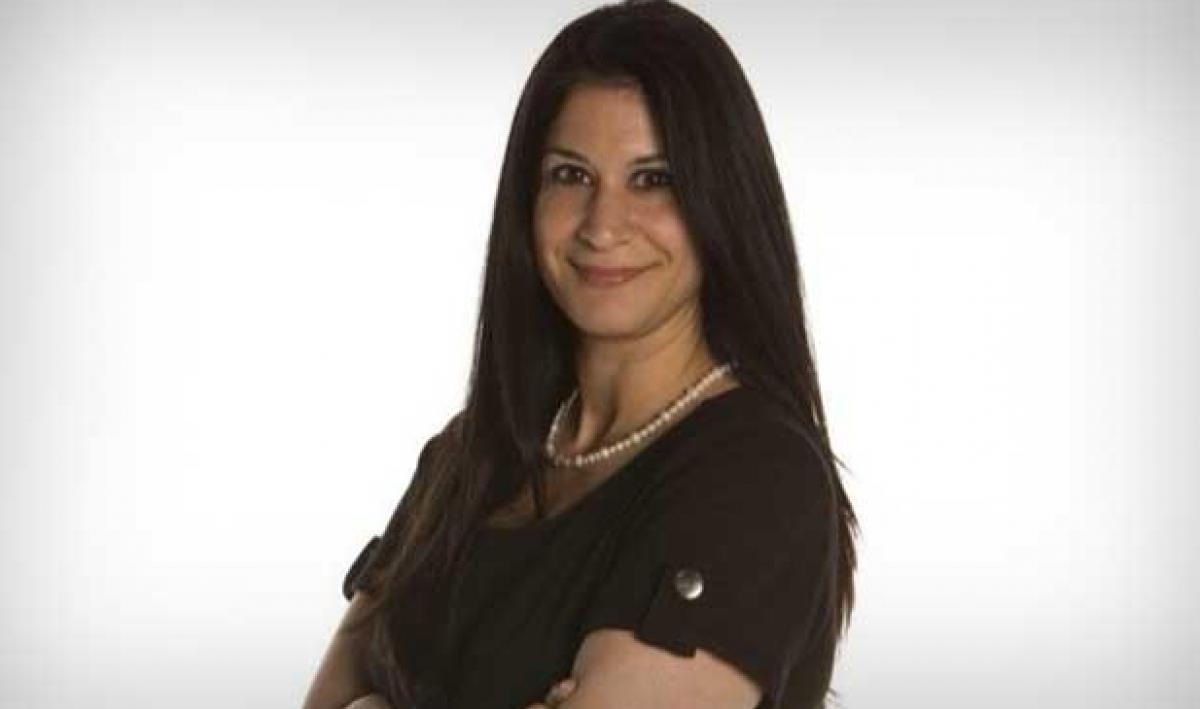 Indian-origin journalist honoured in Canada