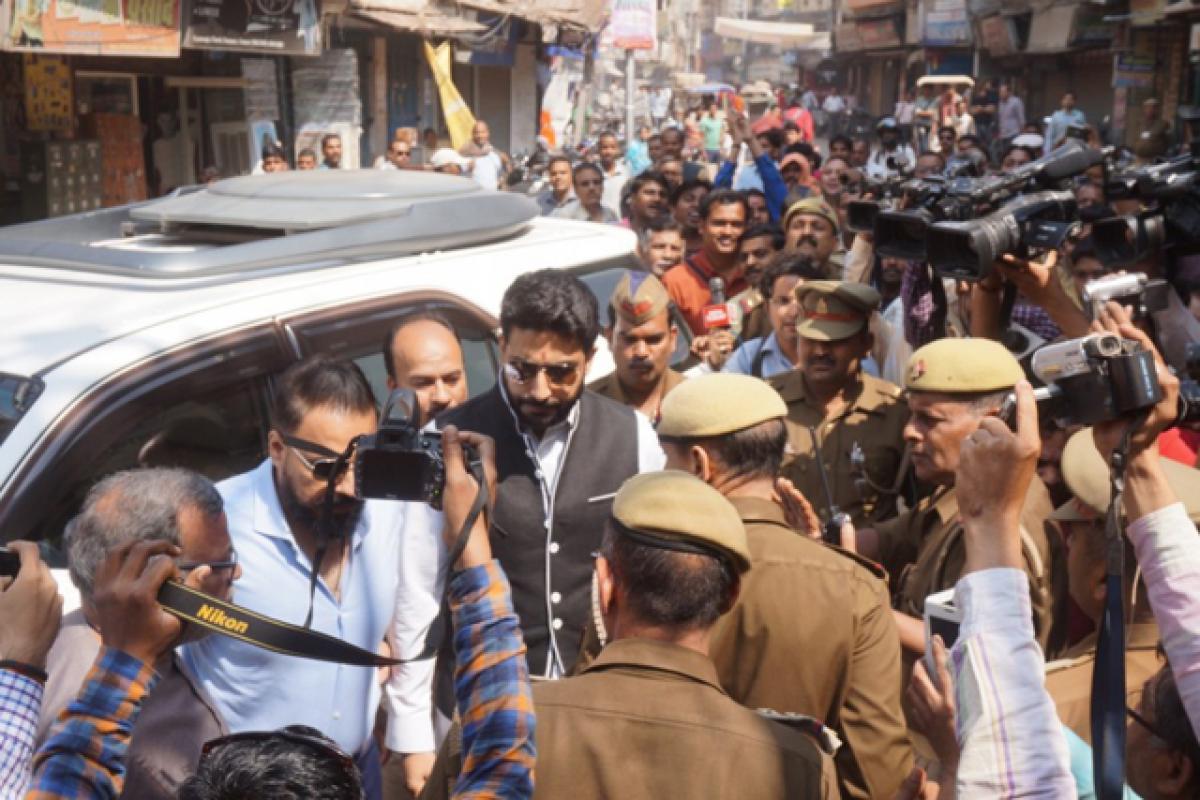Spotted: Abhishek Bachchan at Kashi Vishwanath temple in Varanasi