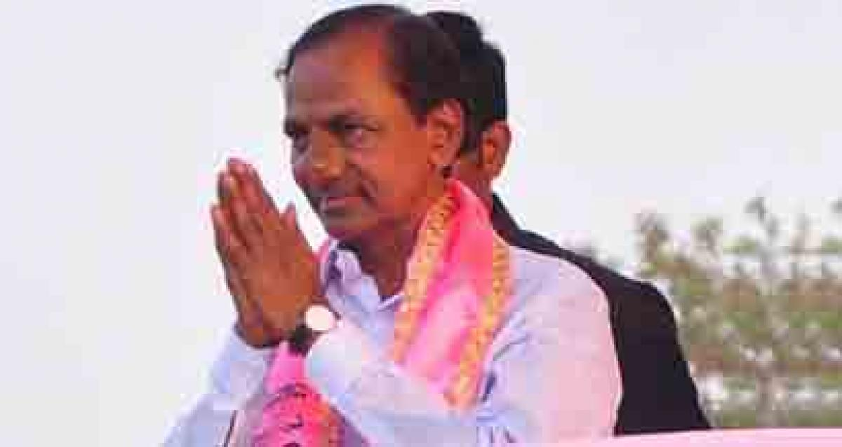 Hyderabad turns pink as KCR turns 63