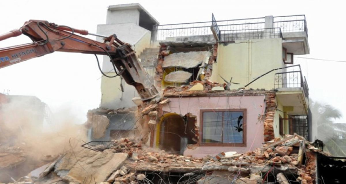 Demolition of illegal shops leads to tension