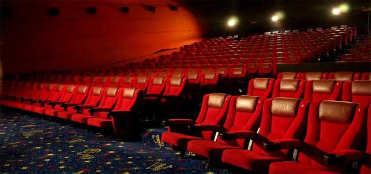 Pakistan lifts ban on Bollywood movies