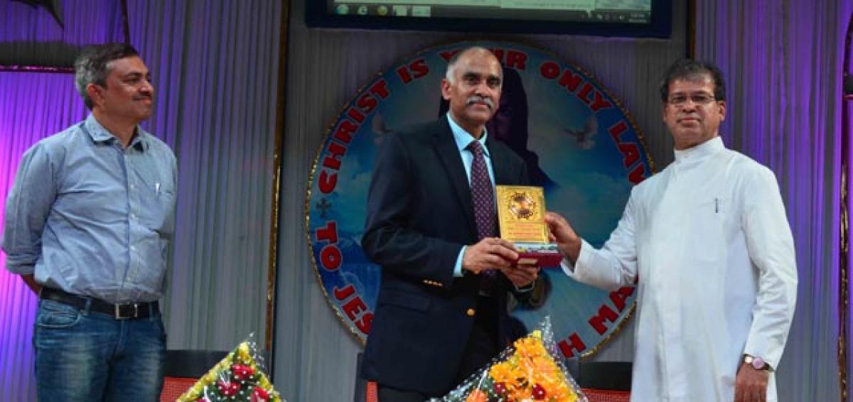 Vietnam Ambassador visits NSM School