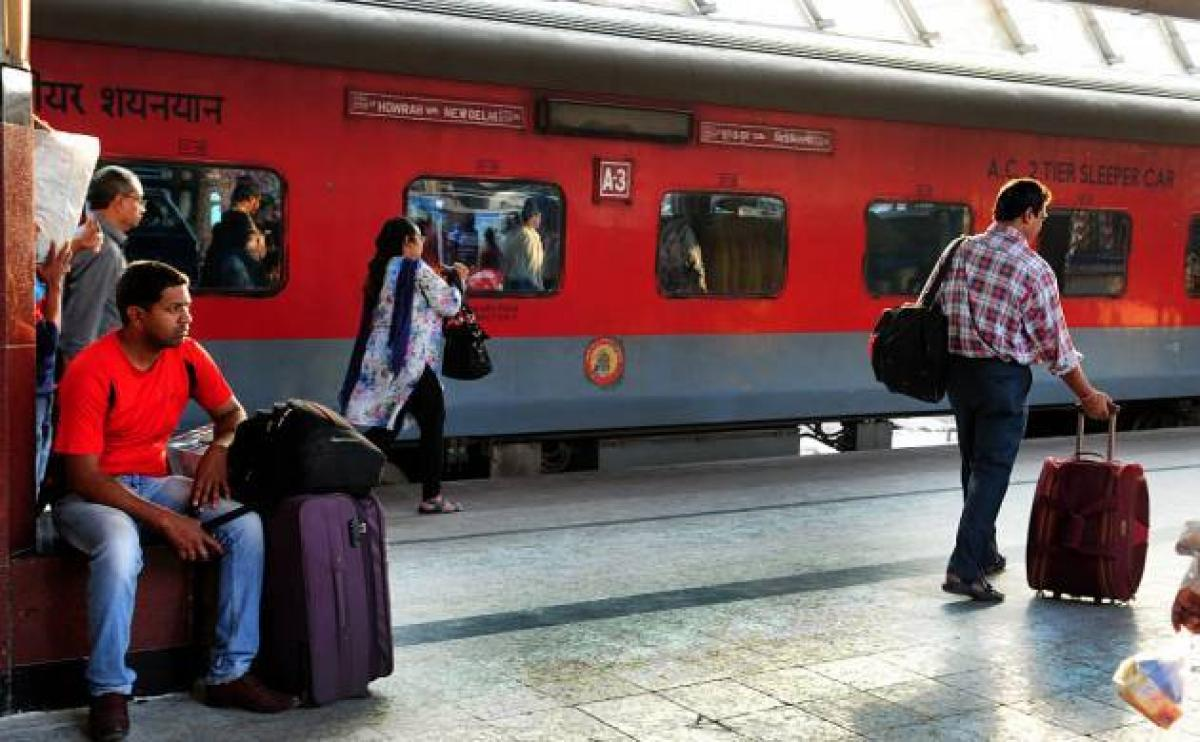 Passengers to give feedback on cleanliness in Rajdhani, Duronto trains