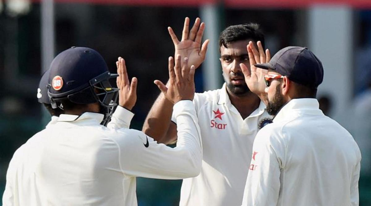 India needs 3 wickets to win first Test against NZ