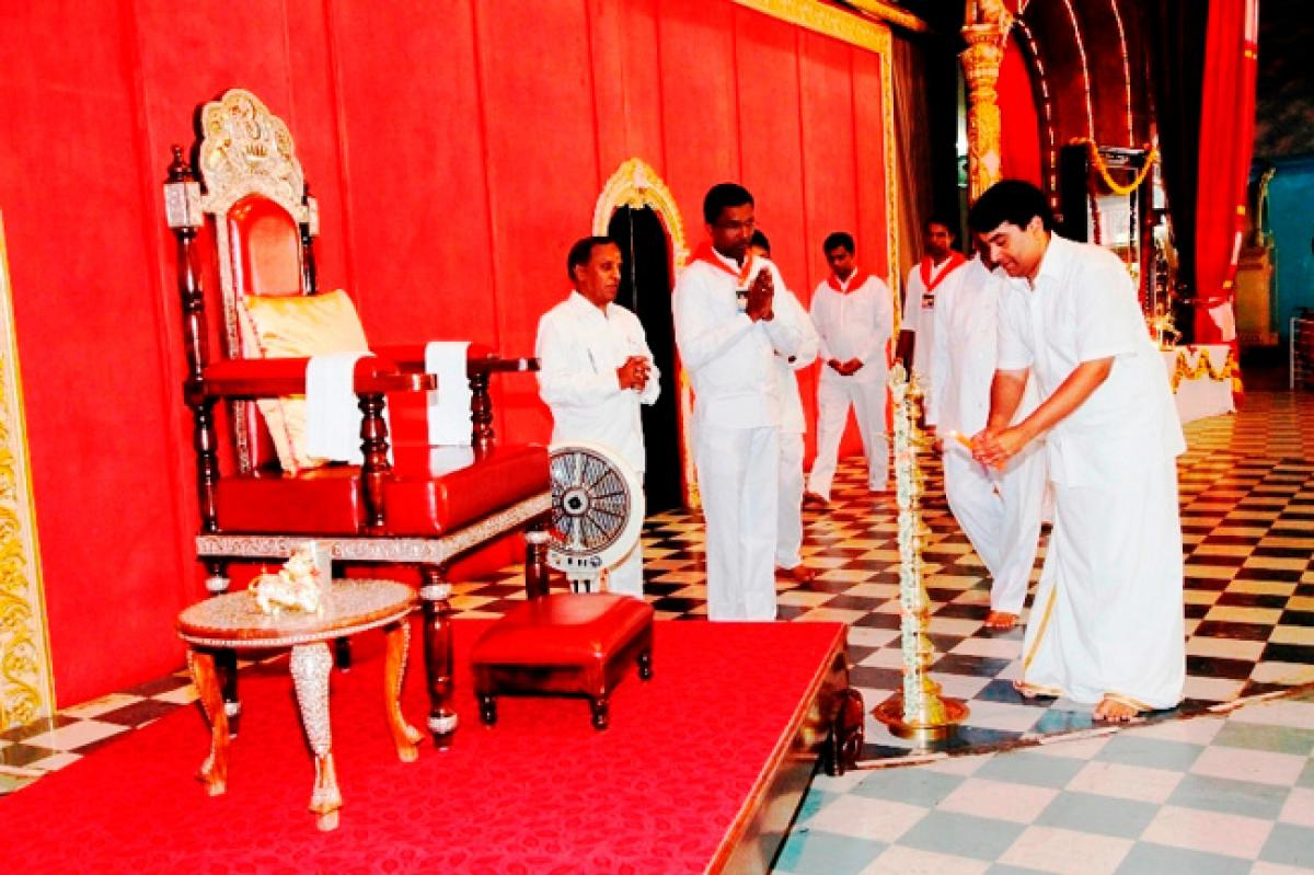 Parthi Yathra by the Sai Youth and Sai Deep devotees from Kerala