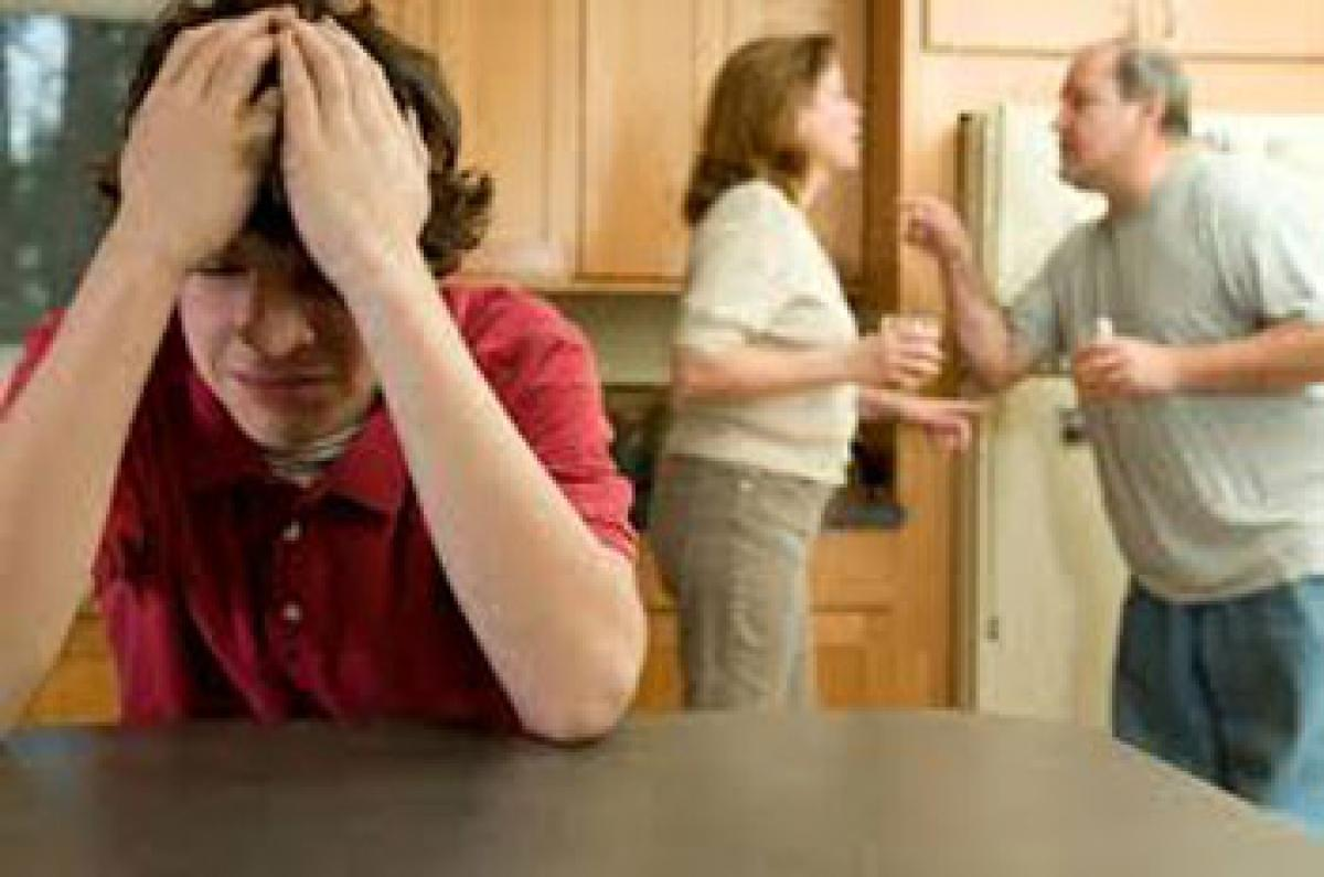 Parents can help reduce fighting among youth