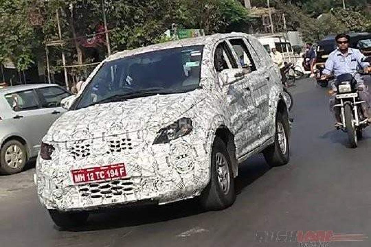 Tata Hexa spied outside ARAI in Pune