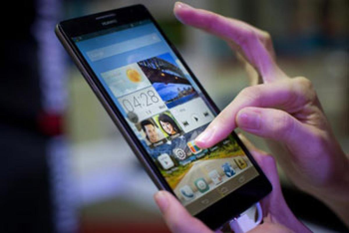 Smartphone owners in US, Britain prefer 5.3 inch screens