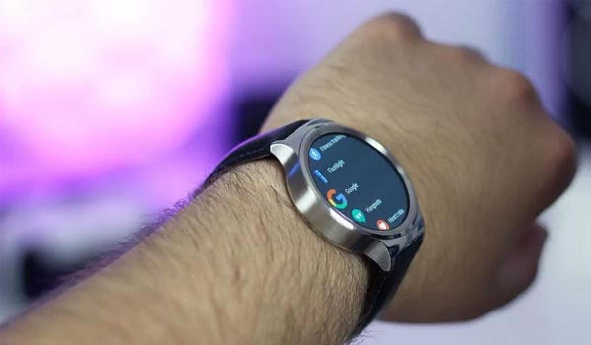 Google is reportedly building two of its own Android Wear smartwatches