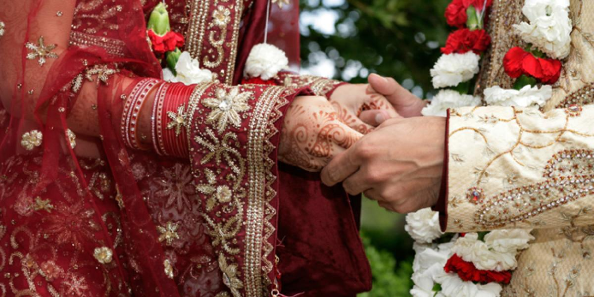 How does a newly married girl adapt to husbands family?