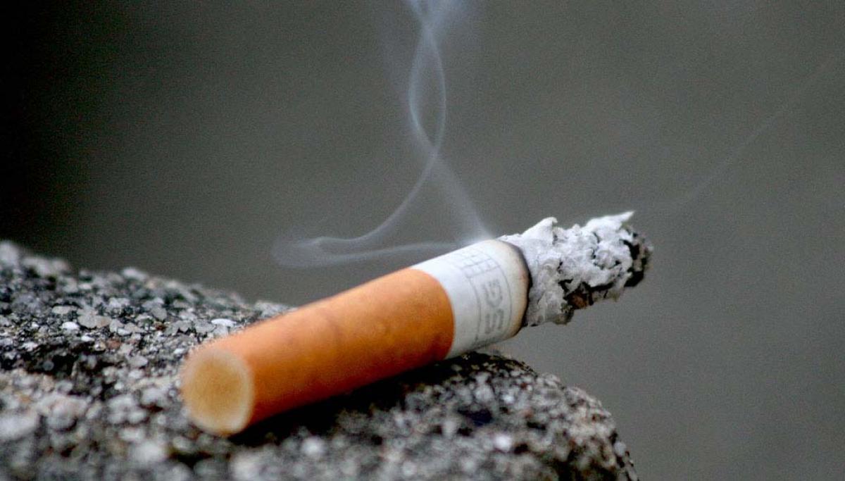 Cigarettes in India fold as single sticks