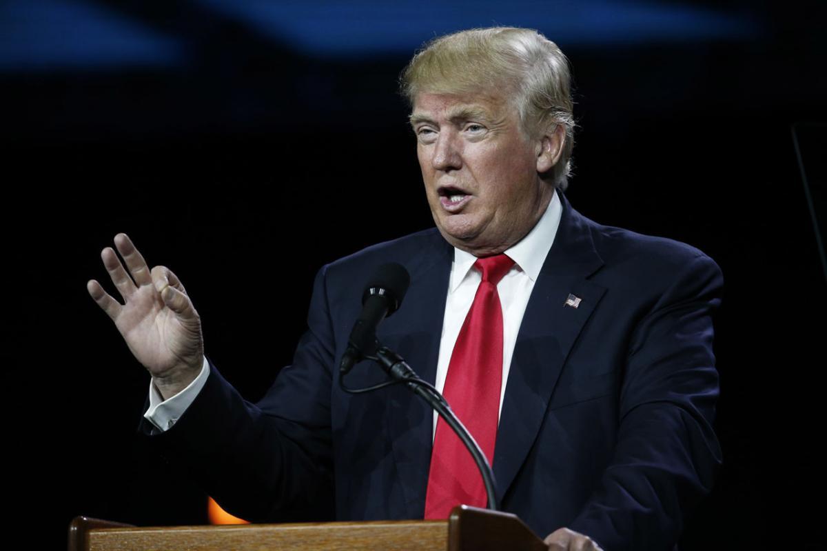 Trump decries anti-Semitic threats, says need to fight bigotry, hatred