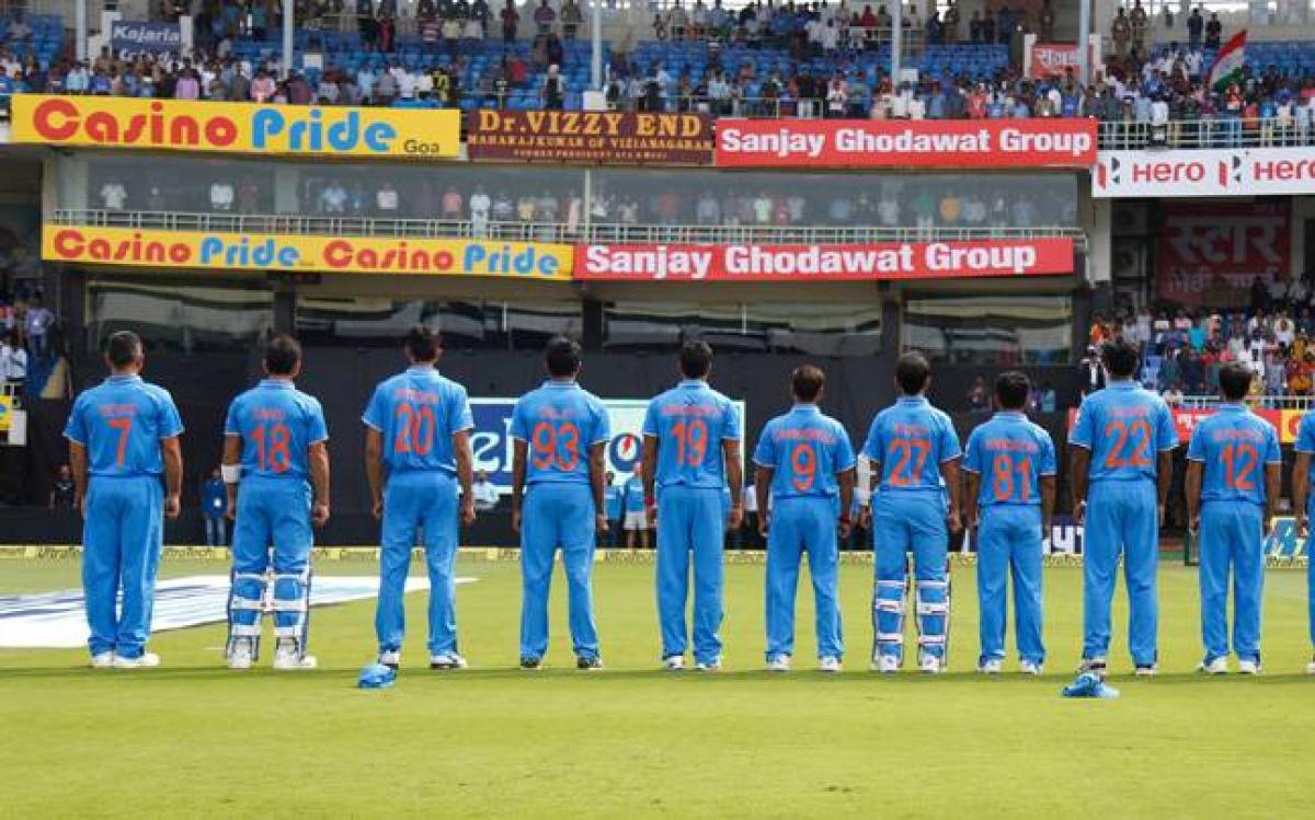 India cricketers wear jerseys bearing their mothers names in final ODI against New Zealand