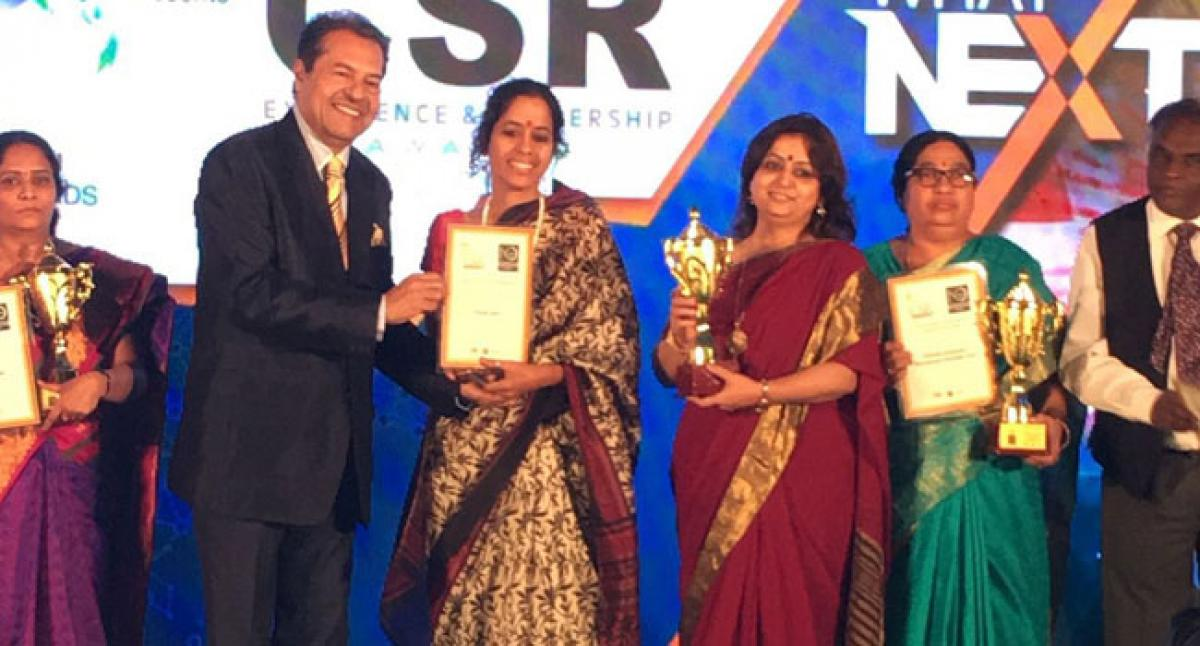 Parisar Asha wins the prestigious GLOBAL NGO EXCELLENCE AWARD
