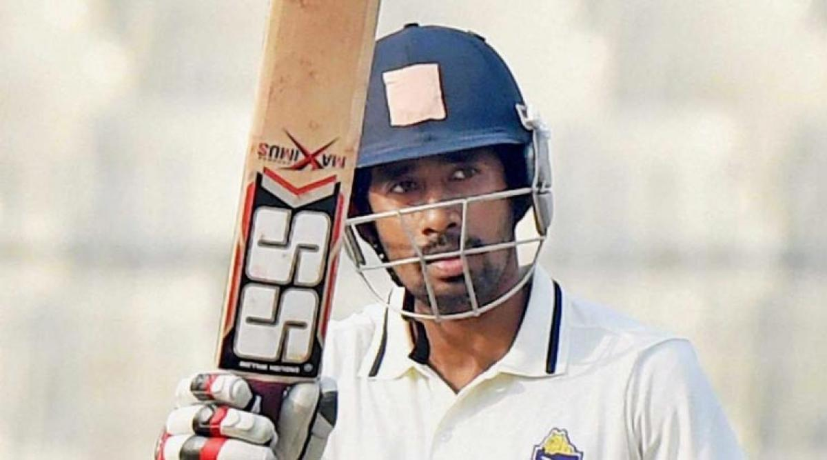 Wriddhiman Sahas half century helps India reach amicable total of 316