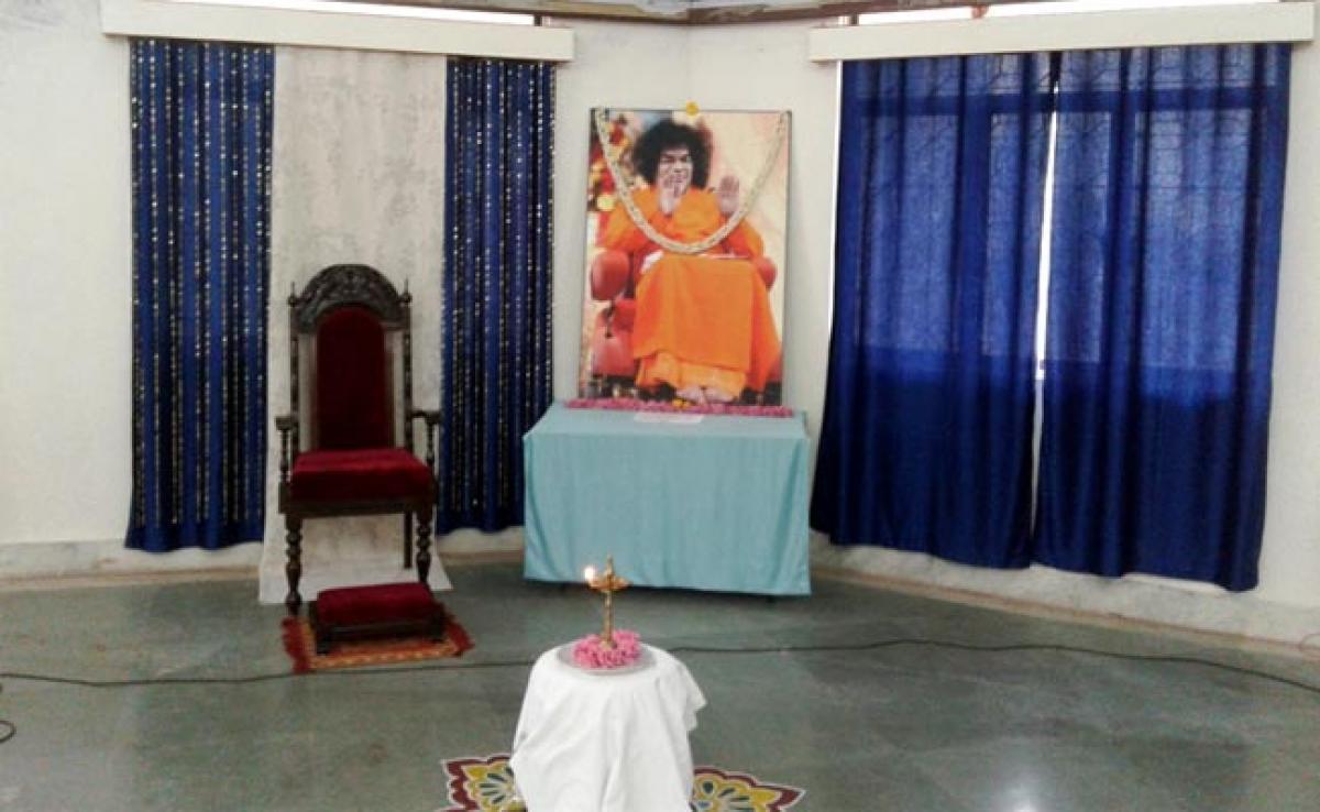 Photos Yoga Classes for Prasanthi Nilayam ashramites