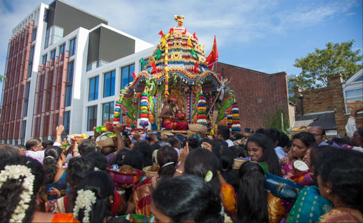 Hindu chariot procession held in Kampala