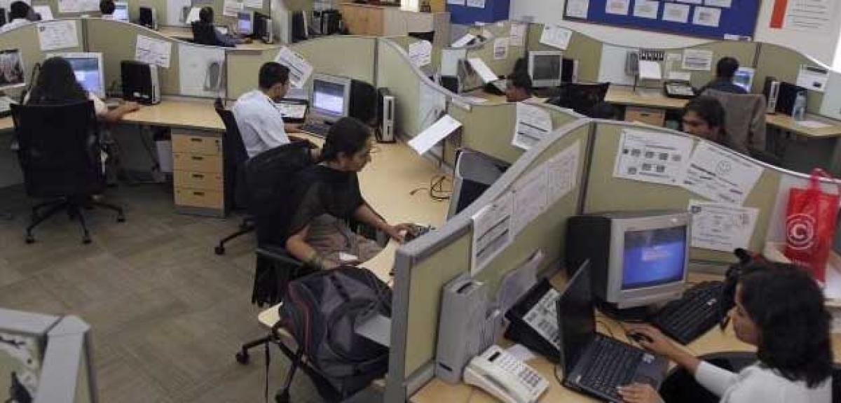 To curb transfer of jobs to India, bill against outsourcing placed in US Cong