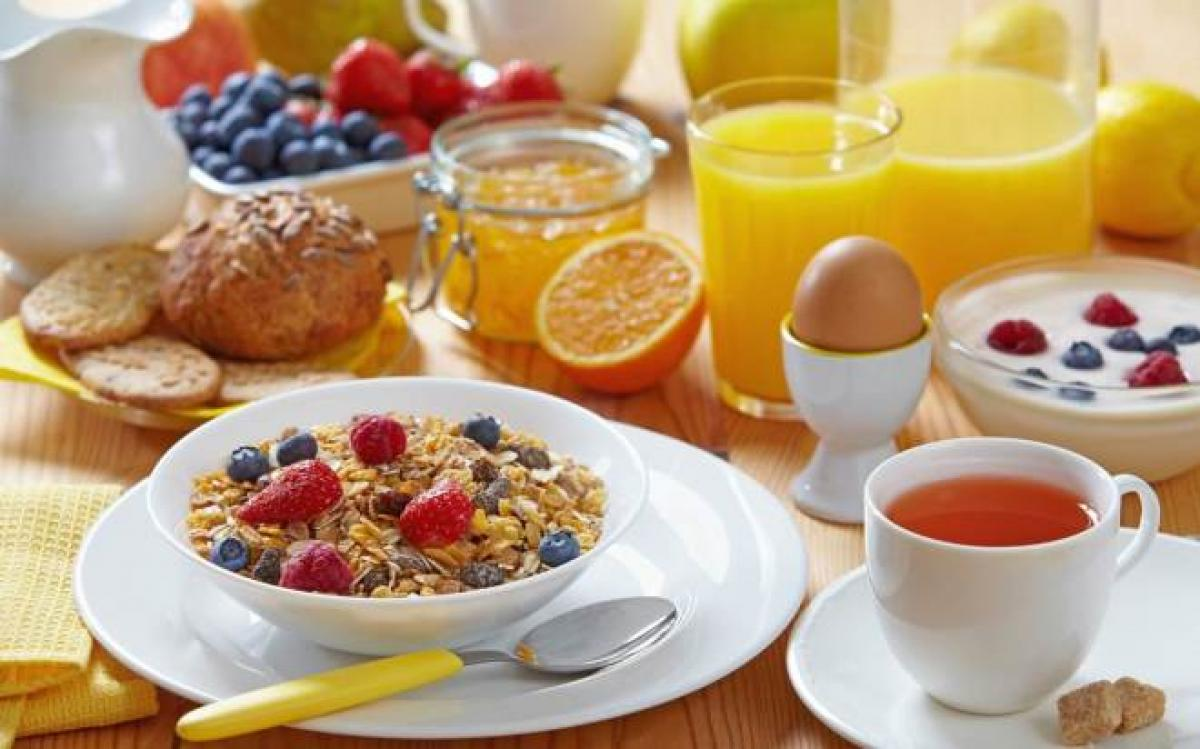 Young and overweight? Have high-protein breakfast