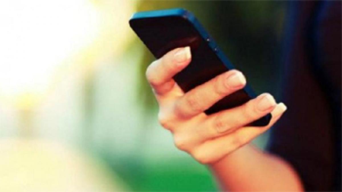 GSM mobile operators add 72.5 lakh subscribers in February: COAI