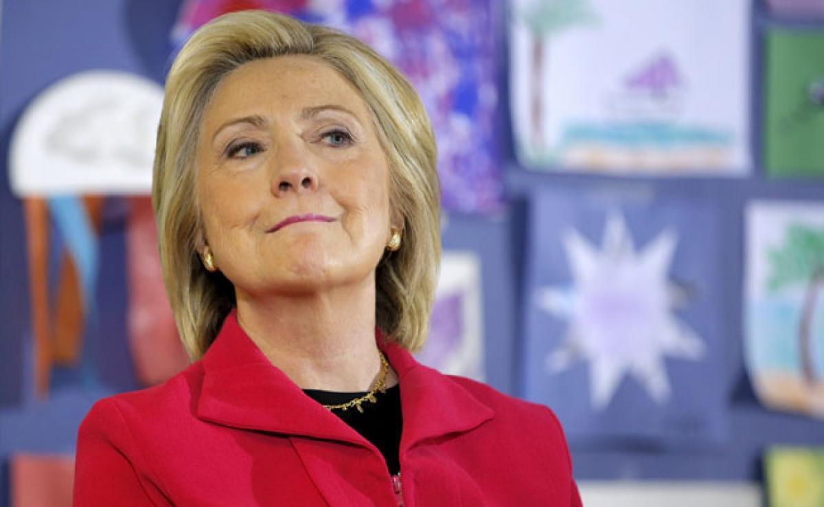 Hillary Clinton Hits Back at Jeb Bushs Criticism on Iraq Policy