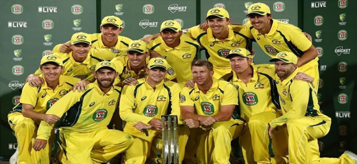 Australia cricketers intensify rebellion