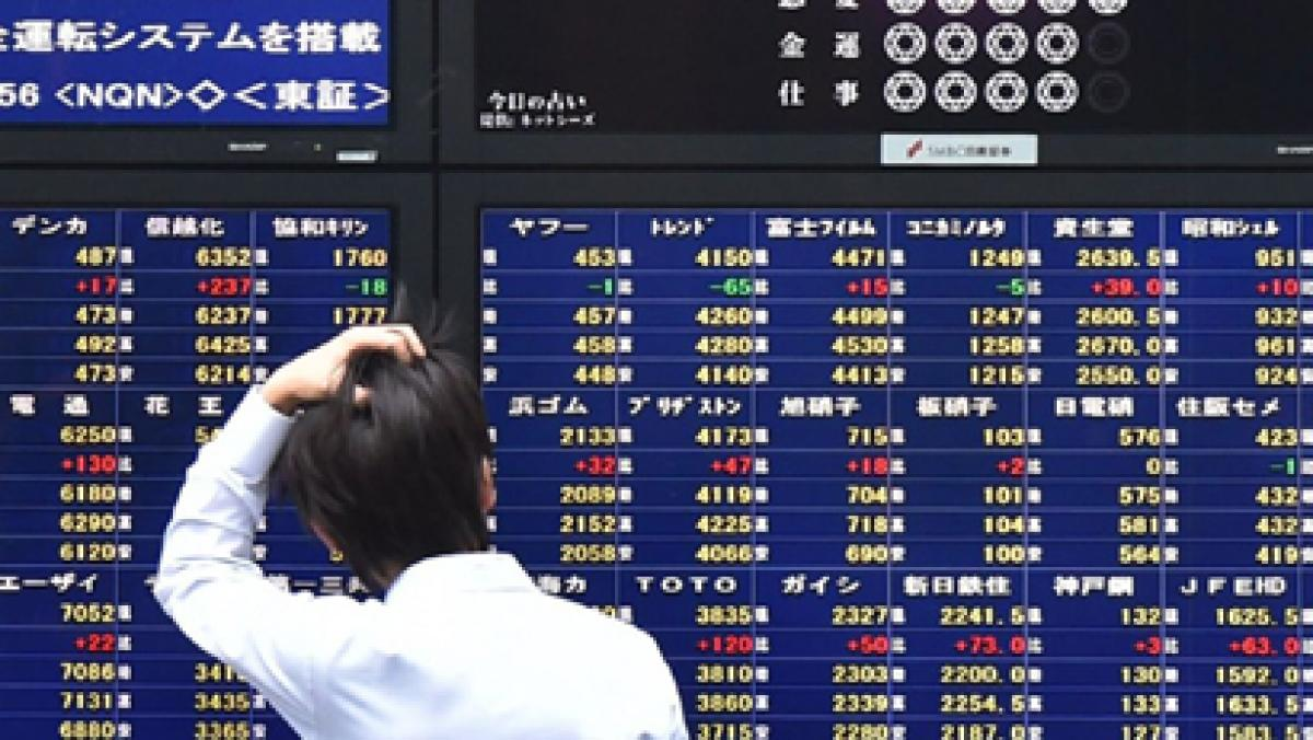 Asian stocks starts new month on a cautious note